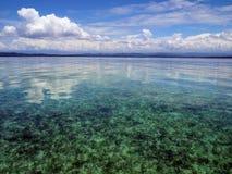 Himmel und ruhiges Meer Stockfotos
