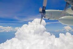 Himmel und Turbo-Knallmaschine Stockbilder