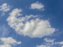 Himmel und Wolke Stockbild