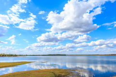Himmel und Wolke Lizenzfreie Stockbilder