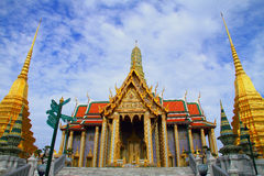 Himmel und Wolke bei Wat Phra Kaew Lizenzfreies Stockfoto