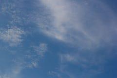 Himmel-und Wolken Hintergründe Lizenzfreie Stockfotos