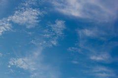 Himmel-und Wolken Hintergründe Lizenzfreie Stockfotografie