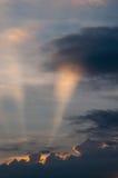 Himmel- und Wolkenhintergrund Stockfotografie