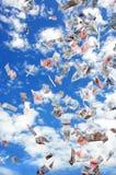Himmel voll des Geldes Stockfotografie