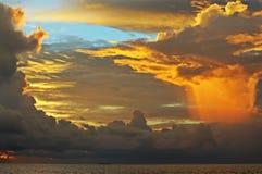 Himmel vor Regen Lizenzfreies Stockbild