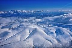 Himmelansicht über ein nord Berge stockfoto