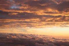 Himmelansicht eines Sonnesets Stockbild