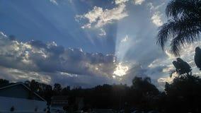 Himmelbombe des gutenmorgens lizenzfreie stockfotos