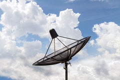 Himmelkommunikation för satellit- maträtt royaltyfri fotografi