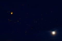 Himmellyktor arkivbild
