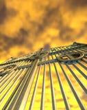 Himmels-Golden Gate und gelber Himmel Lizenzfreie Stockbilder