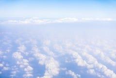 Himmelsikt från flygplanet Arkivbilder