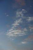 Himmelwolken in der Dämmerungszeit Lizenzfreie Stockfotos