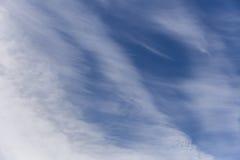 Himmelwolken, Himmel mit Wolken und Sonne Stockfotos