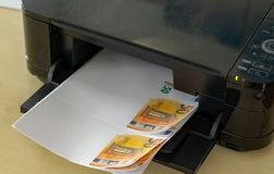 Himself printing his counterfeit money Stock Photography