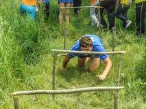 Hinderkursen på en turismregel i den Kaluga regionen av Ryssland Royaltyfri Fotografi