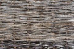 Hindernissenomheining van hazelaar wordt gemaakt die royalty-vrije stock afbeeldingen