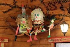 Hindische alte Feier Indiens des russischen Porzellans, die roten Asien-Kulturpuppengottspielzeugreligionsweihnachtsdekorations-B Stockfotografie