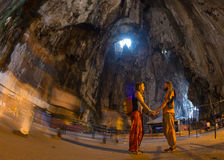 Hindische eifrige Anhänger tragen 'kavadi' wie, anbietend Lord lizenzfreies stockbild
