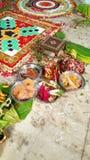 Hindische Hochzeit yagna Zeremonievorbereitung Lizenzfreie Stockfotografie