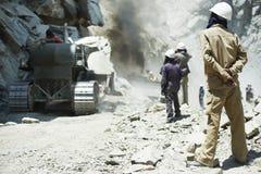 Hindische indische Erbauerarbeitskräfte an der Baustelle Lizenzfreie Stockfotos