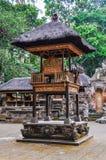 Hindische Tempel im Affe-Wald in Ubud, Bali Lizenzfreies Stockfoto