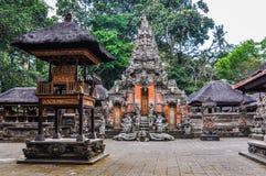 Hindische Tempel im Affe-Wald in Ubud, Bali Lizenzfreies Stockbild