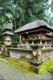 Hindischer Tempel im Affe-Wald, Bali, Indonesien Stockbilder