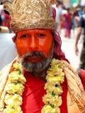 Hindisches sadhu (heiliger Mann) bei Khumb Mela in Indien Stockfotografie