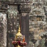 Hindoese deity met handengebaren stelde door een acteur in colorfu weer in Royalty-vrije Stock Afbeelding