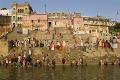 Hindoese Ghats - Rivier Ganges - Varanasi royalty-vrije stock foto