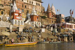 Hindoese Ghats - Varanasi in India Stock Afbeeldingen
