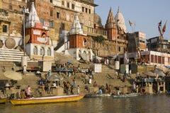 Hindoese Ghats - Varanasi in India stock afbeeldingen