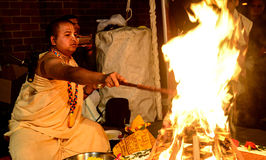 Hindoese Priester Stock Afbeeldingen