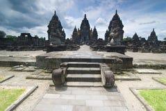 Hindoese tempel Prambanan. Indonesië, Java, Yogyakarta met dramati Stock Fotografie