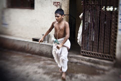 Hindu people on the sacred old town of Varanas Royalty Free Stock Photography
