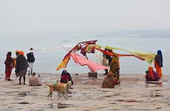 Hindu pilgrims dry their saris in Varanasi, India Royalty Free Stock Image