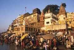 Hindu pilgrims in a ghat in varanasi, india Royalty Free Stock Photo