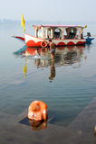 Hindu pilgrims take a holy bath in the river Narmada Royalty Free Stock Photos