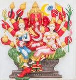 Hinduisk gud, Ganesh, konst på tempelväggen dng Arkivbild
