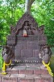 Hinduisk gud på Wat Phra That Phanom Din   Surin Thailand Royaltyfri Bild
