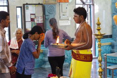 Hinduisk präst Royaltyfri Fotografi
