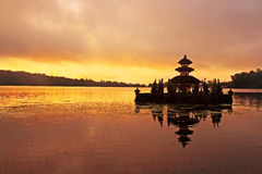hinduisk pura för bali bedugul Fotografering för Bildbyråer