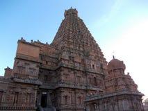Hinduisk tempel en sikt från yttersidan royaltyfri bild
