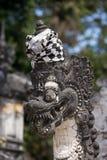 Hinduisk tempel för statydetalj på Pura Sahab arkivfoton