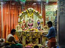 Hinduisk tempel i dubai abraport Fotografering för Bildbyråer