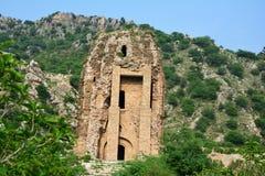 Hinduisk tempel på Amb Sharif, snart dal Royaltyfria Foton