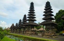 Hinduisk tempel Taman Ayun för Balinese i Mengwi Bali, Indonesien Royaltyfria Bilder
