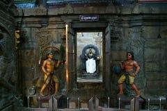 hinduiska india inom det madurai meenakshitempelet Royaltyfri Fotografi
